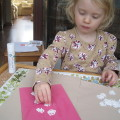 making a snowflake  xmas card  inspired by the end papers Robin's winter song (1)